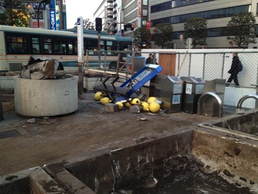 廃止された吉祥寺駅マナーポイント&キラリナ遠景