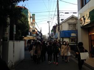 七井橋通りを下る
