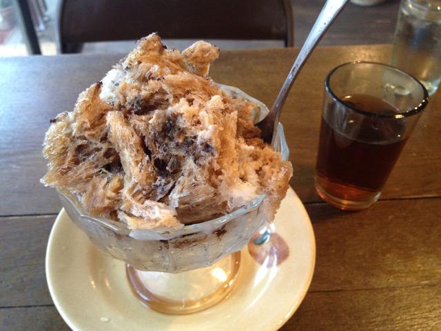 黒糖珈琲練乳かき氷